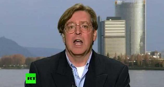 CIA fakir gazetecileri parayla tavlıyor