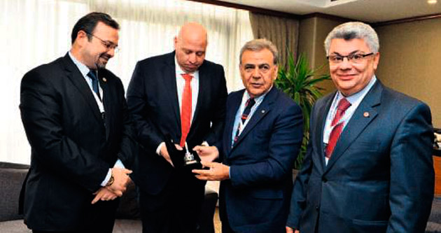 Akdeniz Kentler Birliği İzmir'de