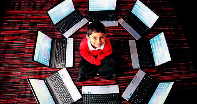 Beş yaşında bilgisayar uzmanı üstelik Microsoft'tan sertifikalı