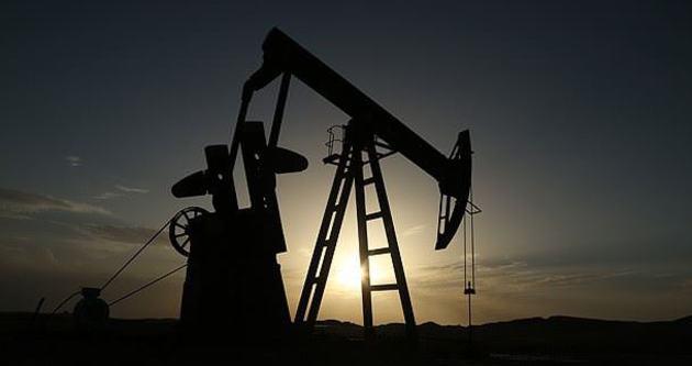 Petrol, 5 ayda 40 dolar geriledi