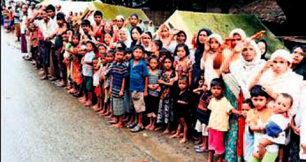 Mültecilere yiyecek giysi ve ilaç yardımı