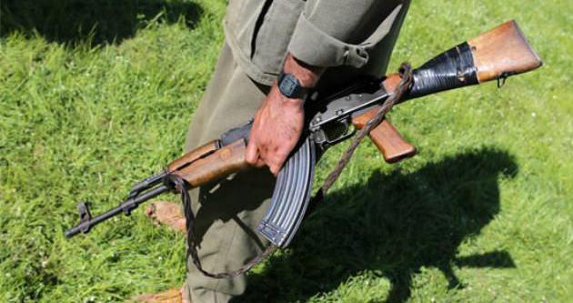 4 polis gözetiminde olan PKK'lı hastaneden firar etti
