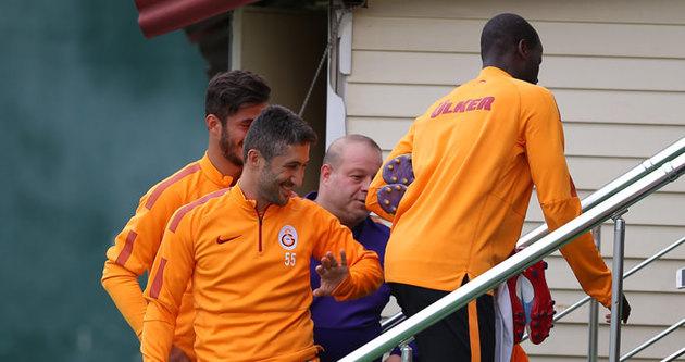 Galatasaray'da Eboue sürprizi