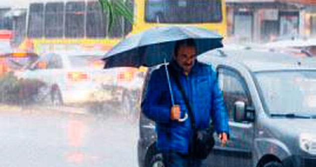 Antalya da yağmura teslim