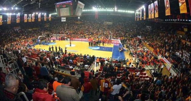 Galatasaray maçı öncesi olay çıktı!
