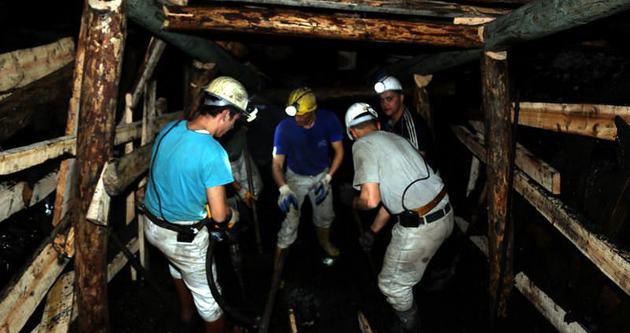 Ermenek'teki madende 8 işçiyi kurtarma çalışmaları sürüyor