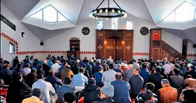 Aliağa Piri Reis Camisi açıldı