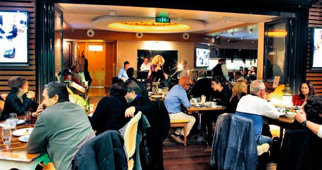 Gaziosmanpaşa'daki Sofa Restoran büyük ilgi görüyor