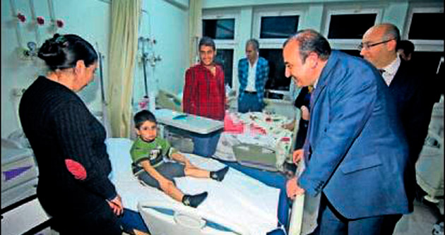 Öztürk hafta sonunu hasta ziyaretiyle geçirdi