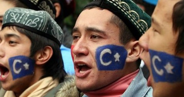 Türkiye 300 Uygur Türk'ü için düğmeye bastı