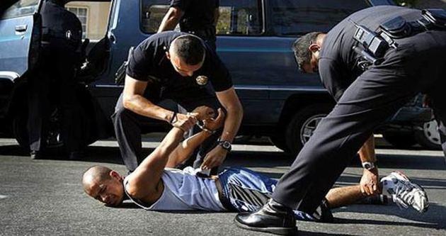 ABD'de her hafta iki siyahi öldürülüyor!
