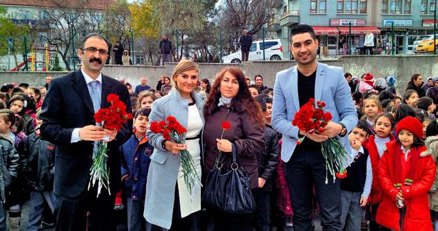 Öğretmenler Günü kentin birçok noktasında kutlandı
