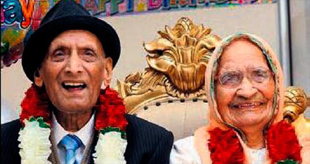 En yaşlı çift doğum günlerini kutladı