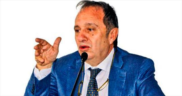 Yüngül: İzmir'in geleceği parlak