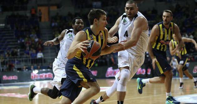 Fenerbahçe Turow'u rahat yendi