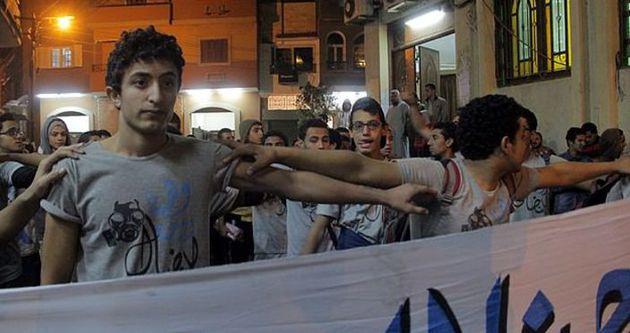 Mısır'da darbe karşıtı gösteri