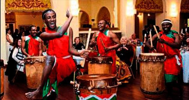 Afrika ülkeleri müziklerini tanıttı