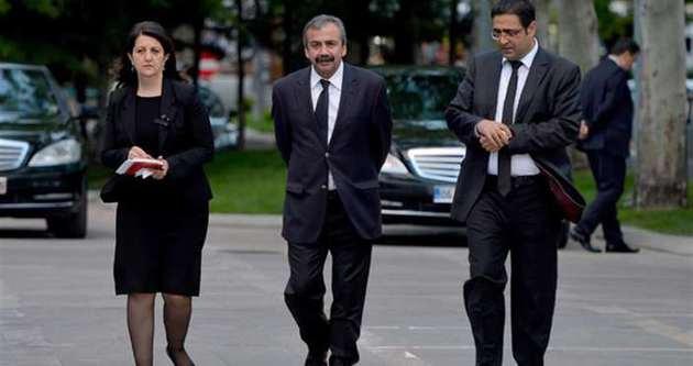 İmralı heyeti Öcalan ile görüştü