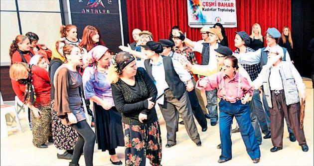 Muratpaşa mahalle tiyatroları kuruyor