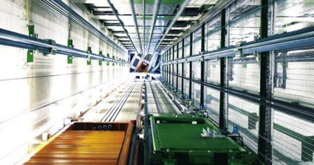 Dünya'da bir ilk: Yatay asansör!
