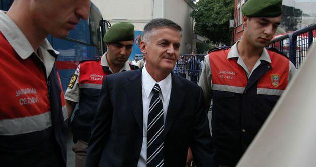 Askeri Yargıtay ve Yüksek İdari Mahkeme kapatılsın