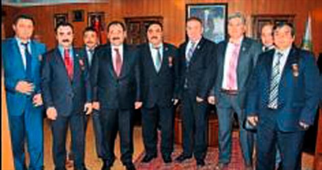 Başkan Demirel Gazileri ağırladı