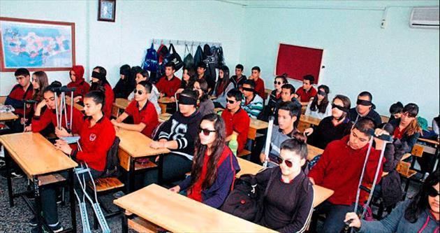 Liselilerden anlamlı etkinlik