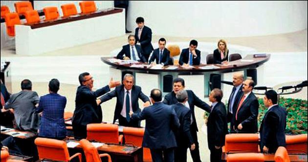 Meclis'te 'Alevi' tartışması
