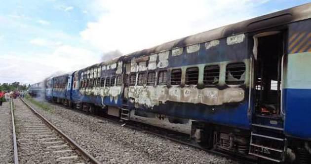 Hindistan'da kaza: 5 çocuk öldü