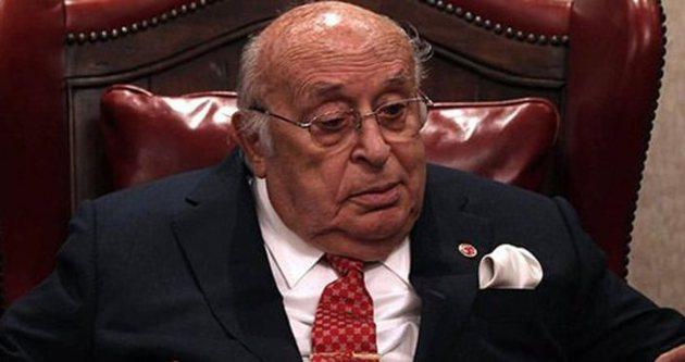 Süleyman Demirel hastaneye kaldırıldı!