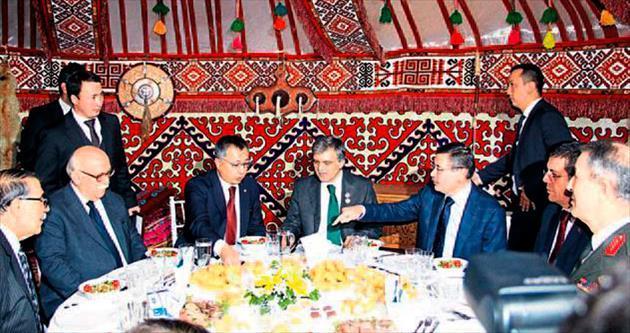 Kazakistan Bağımsızlık Günü kutlaması