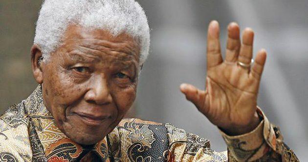 Mandela ölüm yıldönümünde anılıyor