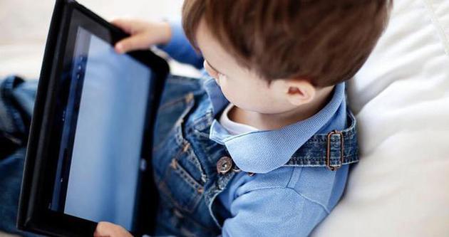 İnternet çocukları olumsuz etkiliyor