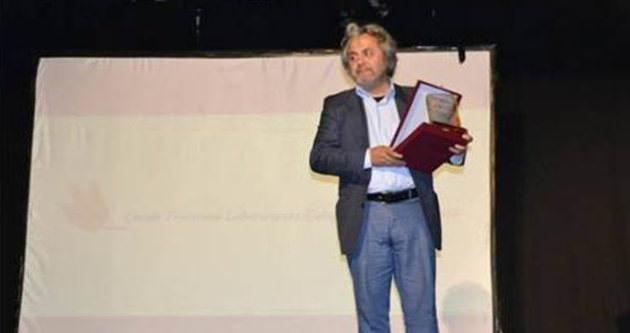 Usta tiyatrocu Rasim Aşın'a ödül