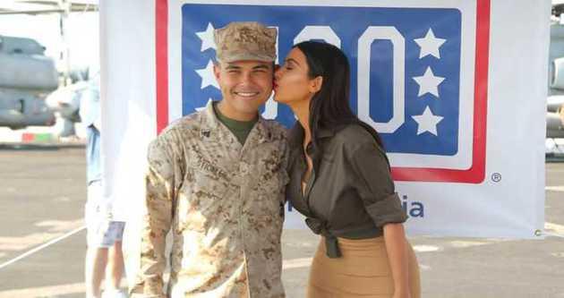 Kardashian'dan ABD askerlerine ziyaret