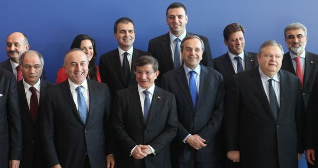 Davutoğlu'ndan Yunanistan'a büyük müjde