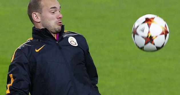 Sneijder, Prandelli'nin gitmesinden memnun