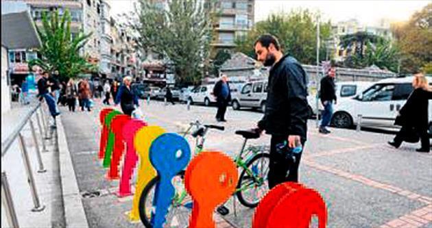 Bisiklet parkları ilçeye renk kattı