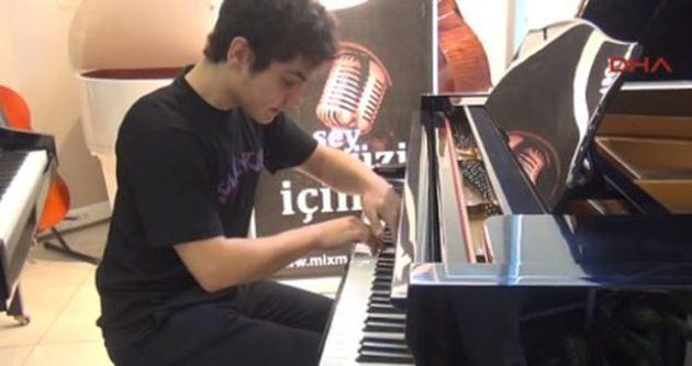 Suriyeli genç piyanist Türk vatandaşı oldu!