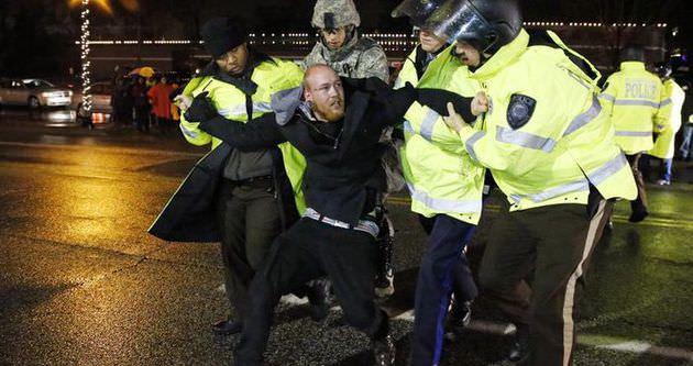 ABD'de Siyahi Öfke sürüyor