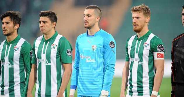 Fenerbahçe Ozan Tufan'ın peşinde