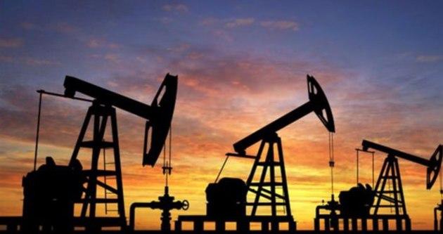 OPEC petrol talebi tahminlerini düşürdü
