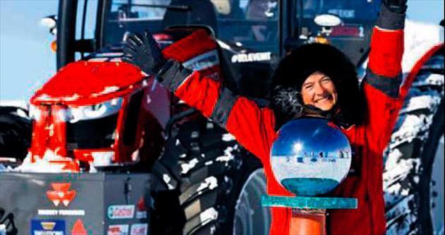 Traktörle Kuzey Kutbu'na ulaştı