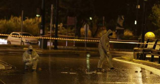 İsrail Büyükelçiliği kalaşnikofla tarandı