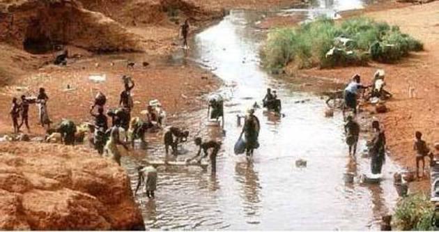 Somali'de kirli su içen 50 kişi öldü