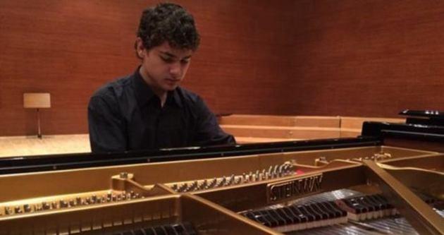 'Barış için piyano çalmak istiyorum'