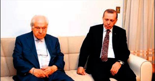 Erdoğan, Pakdil'i evinde ziyaret etti