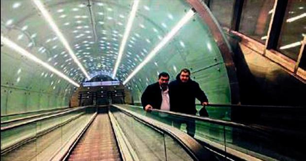 Varşova'dan İzmir'e metro göndermesi