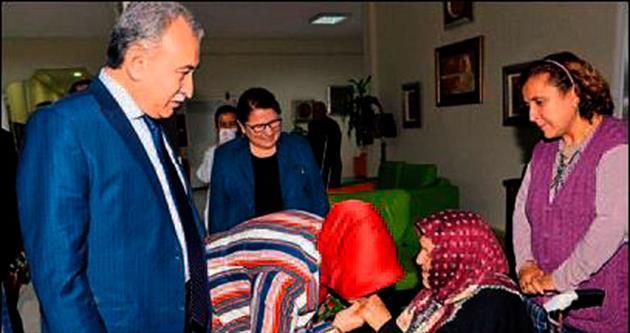 Adana valisinin 'Büyük' sevgisi