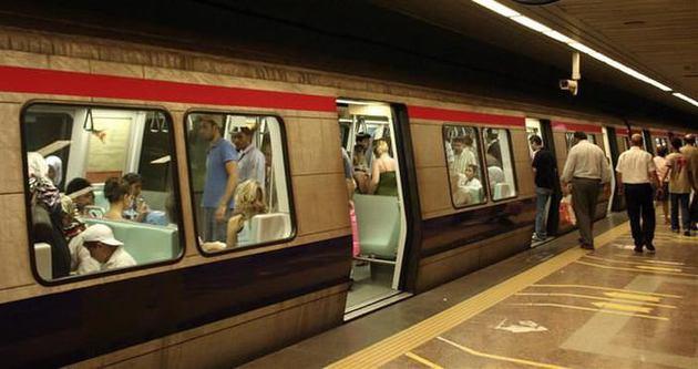 Genç kız Taksim Metrosu'nda kayboldu!